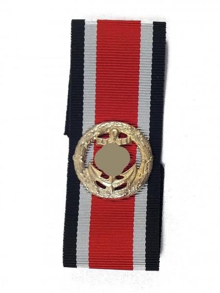 Wehrmacht Ehrenblattspange der Kriegsmarine auf Band
