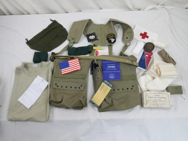 US Army WW2 First Aid Emergency Equipment - Medical Healthy Man - 1. Hilfe Ausrüstung