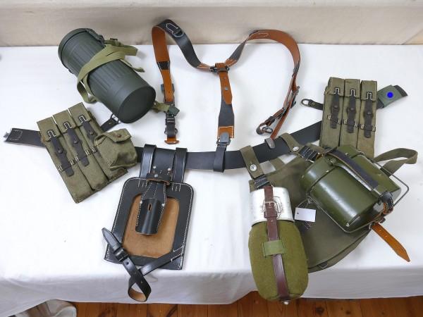 MP40 Koppelzeug Set - Y-Riemen Brotbeutel Magazintaschen Lederkoppel Koppelschloss