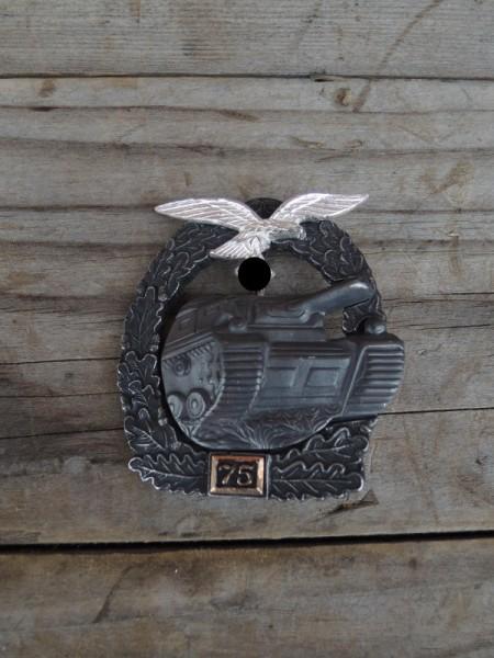 """Panzerkampfabzeichen """"bronze"""" mit Einsatzzahl 75 Luftwaffe"""