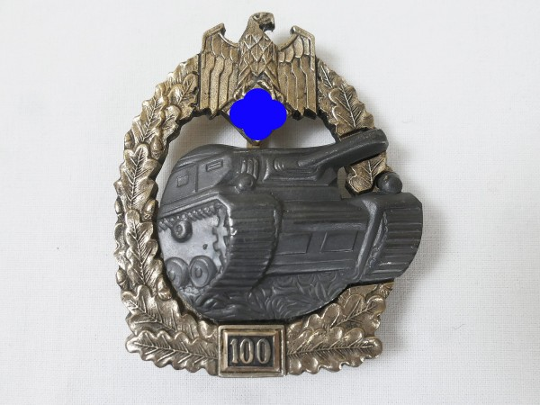 Panzerkampfabzeichen des Heeres mit Einsatzzahl 100