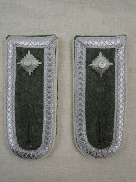 Wehrmacht Schulterklappen Heer Infanterie Feldwebel