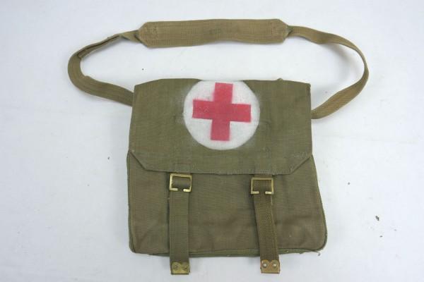 WW2 British Army red Cross webbing bag Sanitäter Tasche 1956 Rotkreuz