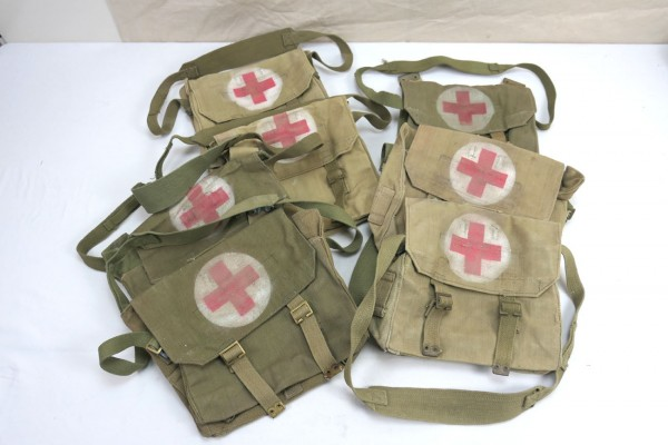British Army red Cross webbing bag Sanitäter Tasche Rotkreuz Modell WW2