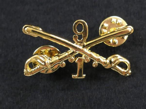 US badge - erste Staffel der neunten Kavallerie Regiment Abzeichen cavalerie / gekreuzte Säbel