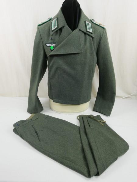 Wehrmacht Sturmgeschütz Uniform Gr.52 effektiert mit Brustadler Schulterklappen Kragenspiegel