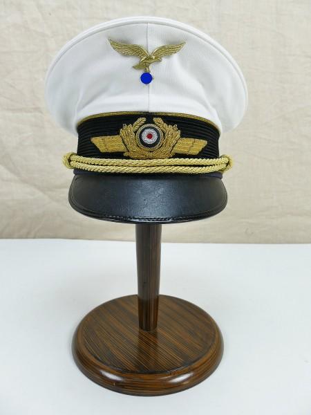 Weiße Sommer Schirmmütze für einen General der Luftwaffe mit Effekten , Gr.58
