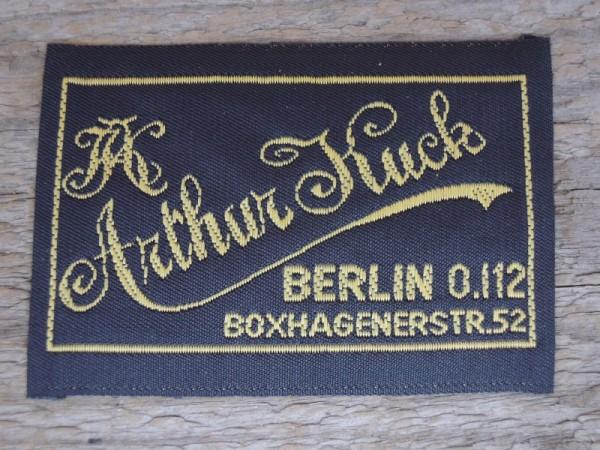 """Uniform Etikett """"Arthur Kuck Berlin"""""""
