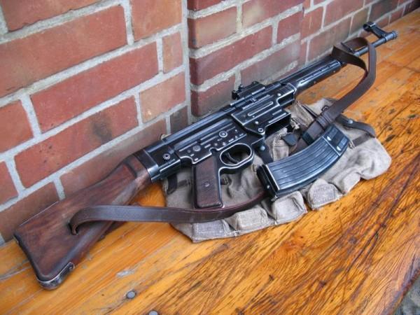 Sturmgewehr 44 Stgw antik Deko Modell Filmwaffe