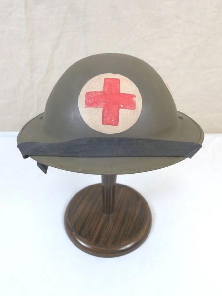 Typ WW2 Sanitäter Tellerhelm Britisch Stahlhelm Gr.55 mit Kinnriemen British Army