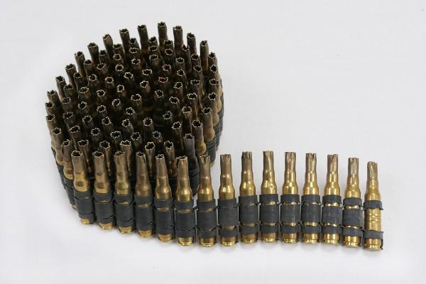 Deko MG Gurt auf Zerfallgurt 7,62mm Manöver Munition leer 100 Schuß