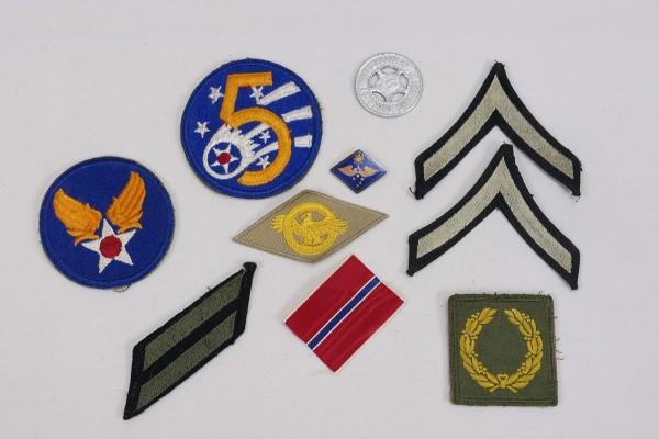 US ARMY diverse original WW2 Abzeichen Patches Divisionsabzeichen Rangabzeichen