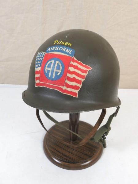 US ARMY WW2 HELMET M1 Stahlhelm 82nd Airborne Division Pilsen 1945 + Innenhelm + Kinnriemen