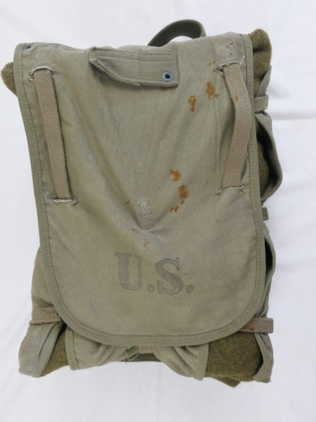 Original WW2 US Haversack 1942 + Type WW2 Wolldecke 1952 wool