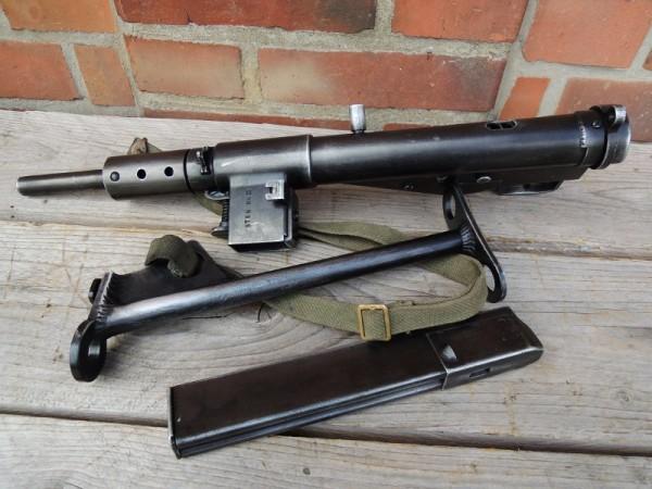Sten MP MKII + Trageriemen Maschinenpistole antik Deko Modell Filmwaffe