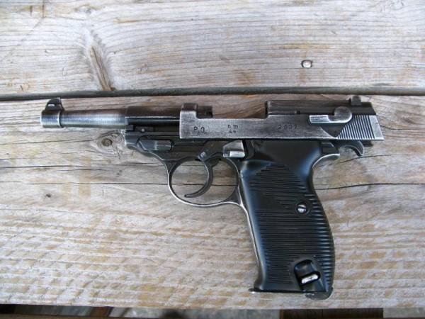 Pistole P38 antik Deko Modell Filmwaffe