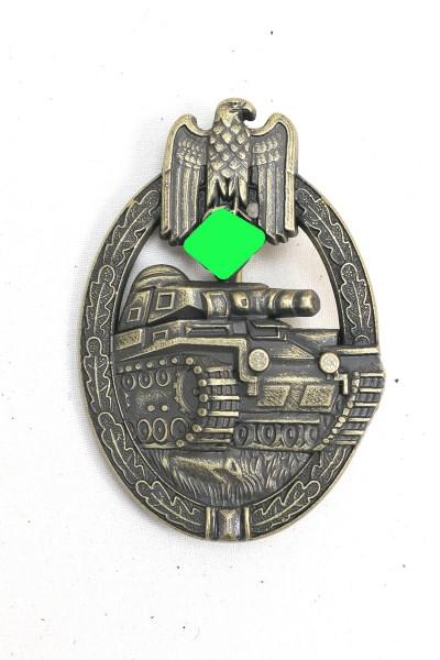 Panzerkampfabzeichen in Bronze Massiv Stufe Bronze Hersteller AS