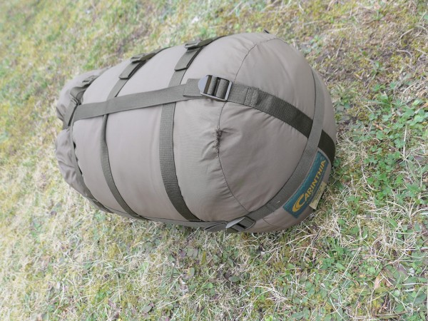 CARINTHIA Mumien Schlafsack DEFENCE 4 oliv 200cm (318)