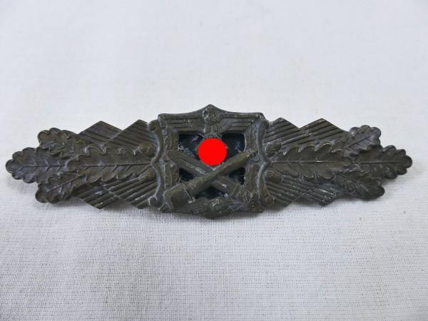 Wehrmacht Nahkampfspange Bronze F&BL - Top Museumsanfertigung