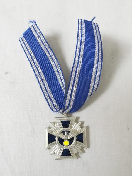 Dienstauszeichnung / Treue Dienste in der Partei 2.Stufe Silber am Band