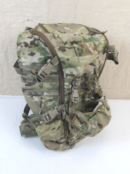 DÄNEMARK ARMY M/17 Outdoor Trekking Rucksack 35L Backpack + Regenschutz DAY PACK
