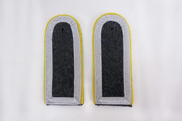 1x Paar Schulterklappen Luftwaffe Unterfeldwebel