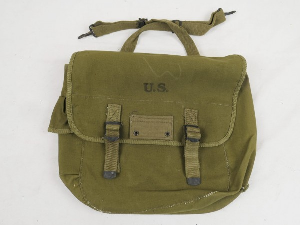 Typ US Army WW2 M-1936 Musette Bag / Kampftasche M36 oliv J.A.Shoe 1944