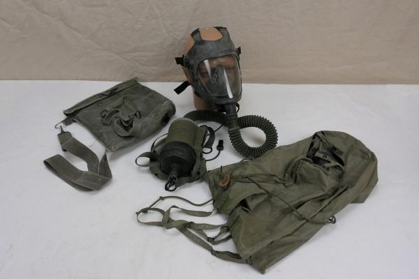 Original US Army M25A1 Chemical Biological Tank Gas Mask + Mic