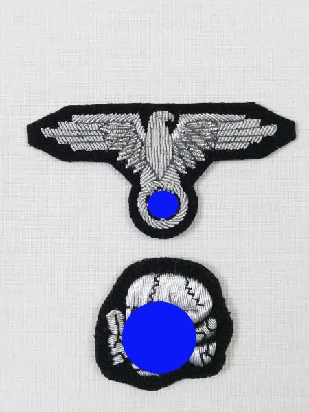 Satz Effekten für Offiziers Feldmütze / Schiffchen Waffen XX Elite Totenkopf und Mützenadler