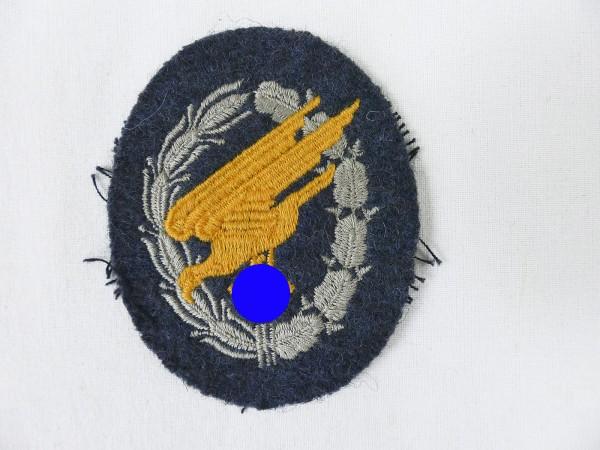 Fallschirmschützenabzeichen auf Stoff gestickt für Fliegerbluse