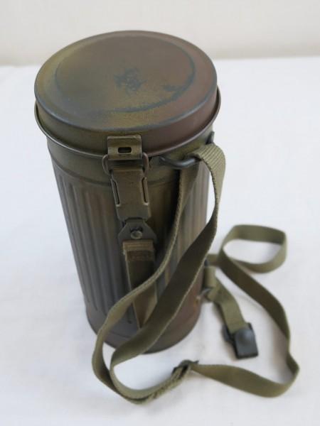Wehrmacht Camouflage Tarn Gasmaskendose Repro