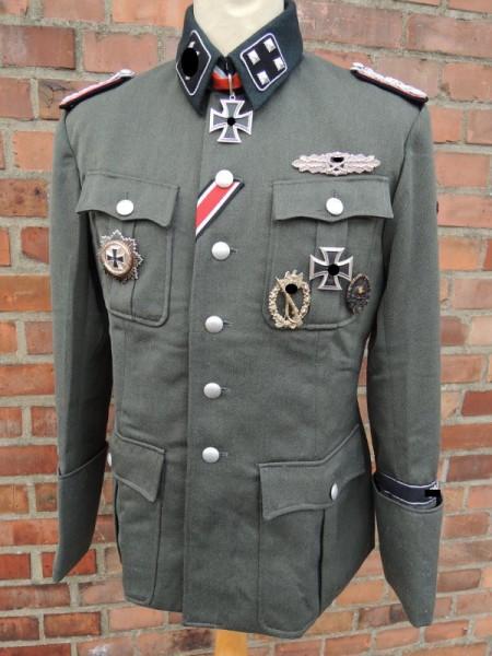 Beispiel für eine Elite Uniformjacke M36 Offizier nach Vorlage / Drehbuch / Filmrequisite
