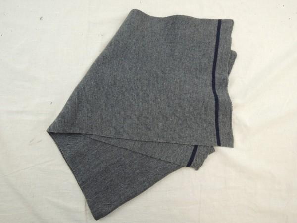 Modell Wehrmacht Schal mit blauen Streifen