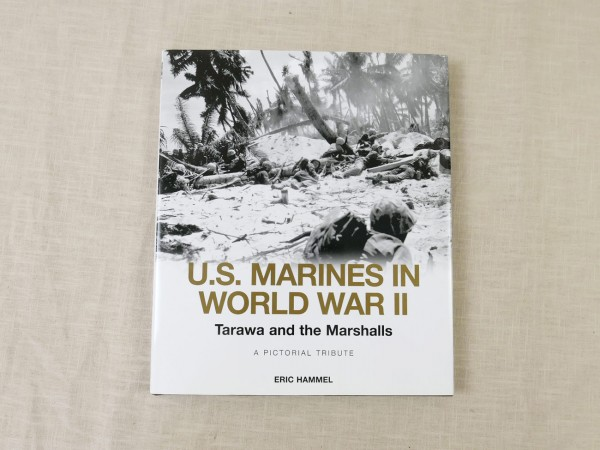 "Buch "" U.S. Marines in World War II """