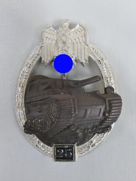 Wehrmacht Panzerkampfabzeichen des Heeres mit Einsatzzahl 25