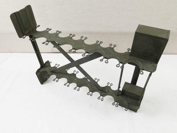 Wehrmacht Stiel - Handgranaten Einsatzgestell Rack für Handgranatenkoffer (1018)