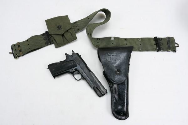 US Set Pistol Belt mit Denix Colt 1911 in Holster und Magazintasche