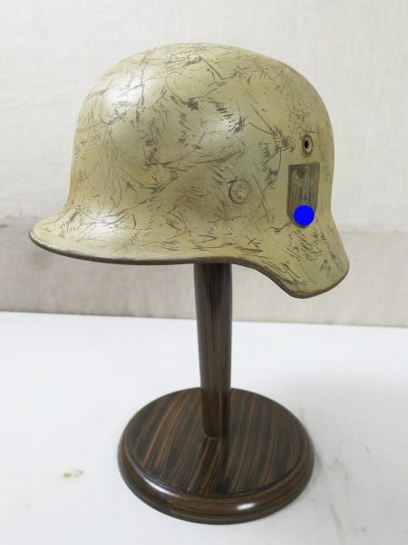 Wehrmacht M40 DD Stahlhelm Q64 Wintertarn Glocke mit Helmfutter