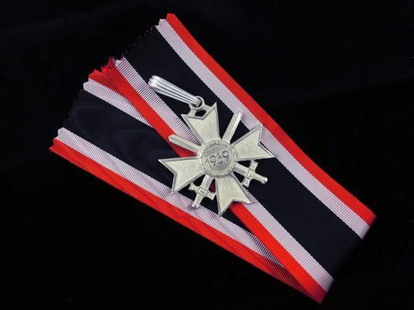 Ritterkreuz zum Kriegsverdienstkreuz mit Schwertern am Band Stufe Silber