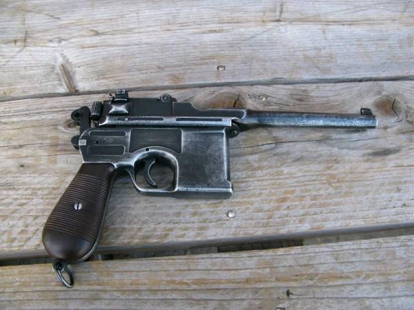 Pistole C96 antik Deko Modell Filmwaffe
