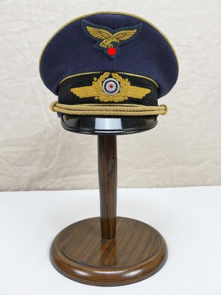 Luftwaffen Schirmmütze General Gr.58 komplett effektiert