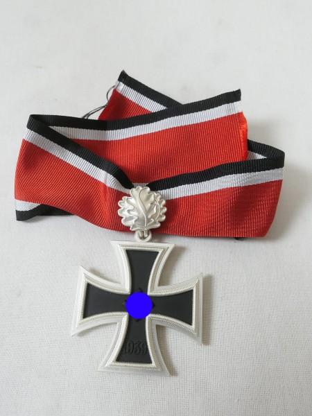 Wehrmacht Ritterkreuz mit Eichenlaub am Band (3-teilig)