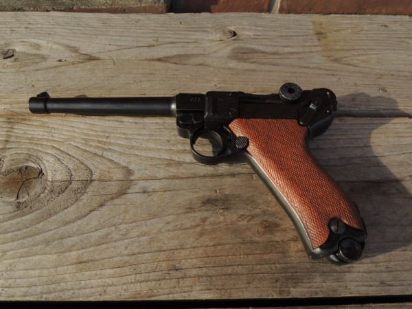 Pistole P08 Marine Deko Modell Filmwaffe