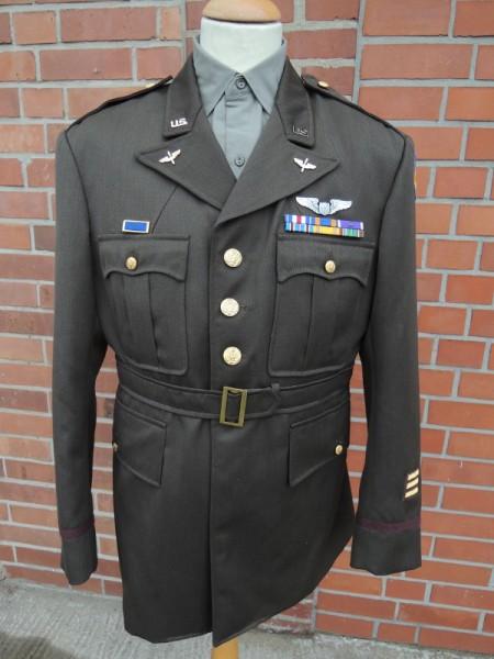 US Army Class A Uniform + Insignia