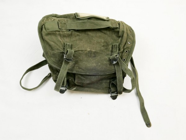 Original buttpack / field pack canvas combat m-1961Vietnam