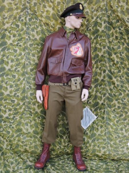 Beispiel für eine USAAF WK2 Uniform nach Vorlage / Drehbuch / Filmrequisite