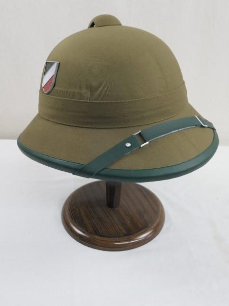 Tropenhelm Afrikakorps Wehrmacht DAK mit beiden Abzeichen