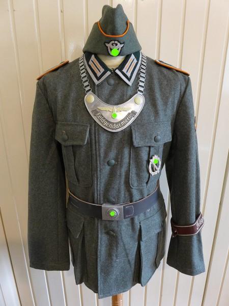 Uniform Ensemble Feldgendarmerie