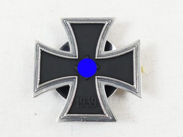 Wehrmacht Eisernes Kreuz 1.Klasse 1939 EK1 an Drehscheibe