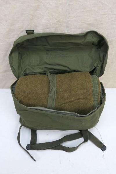 Original US Kampftasche Pack Field Cargo M-1945 mit WW2 US Schlafsack Wolle